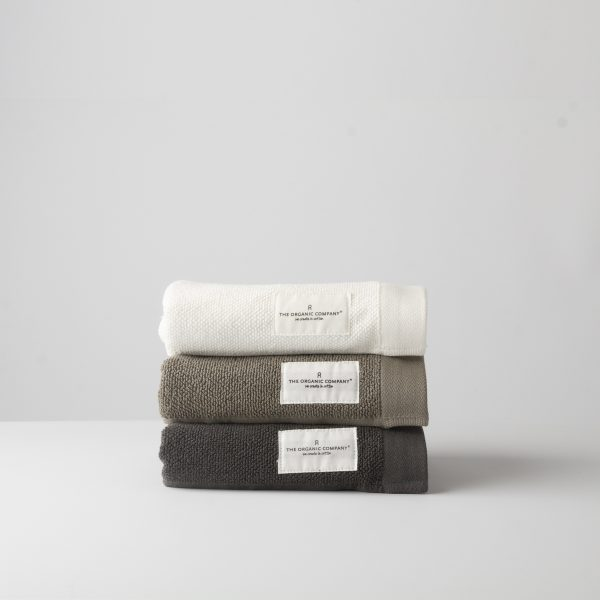 Organic cotton everyday towels from GOTS certified natural materials by Danish designers The Organic Company